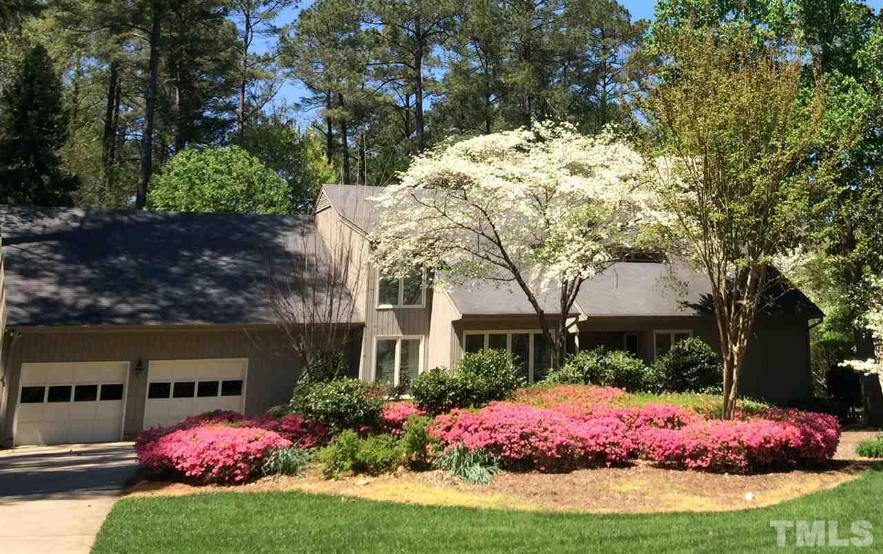 208 Lochview Drive, Cary, NC 27518