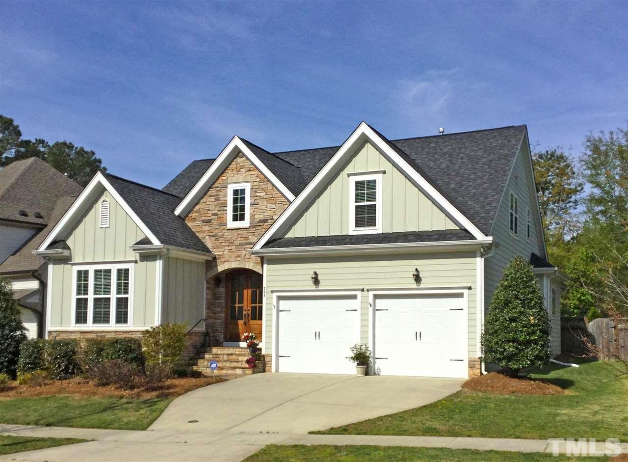 208 Redhill Road, Holly Springs, NC 27540