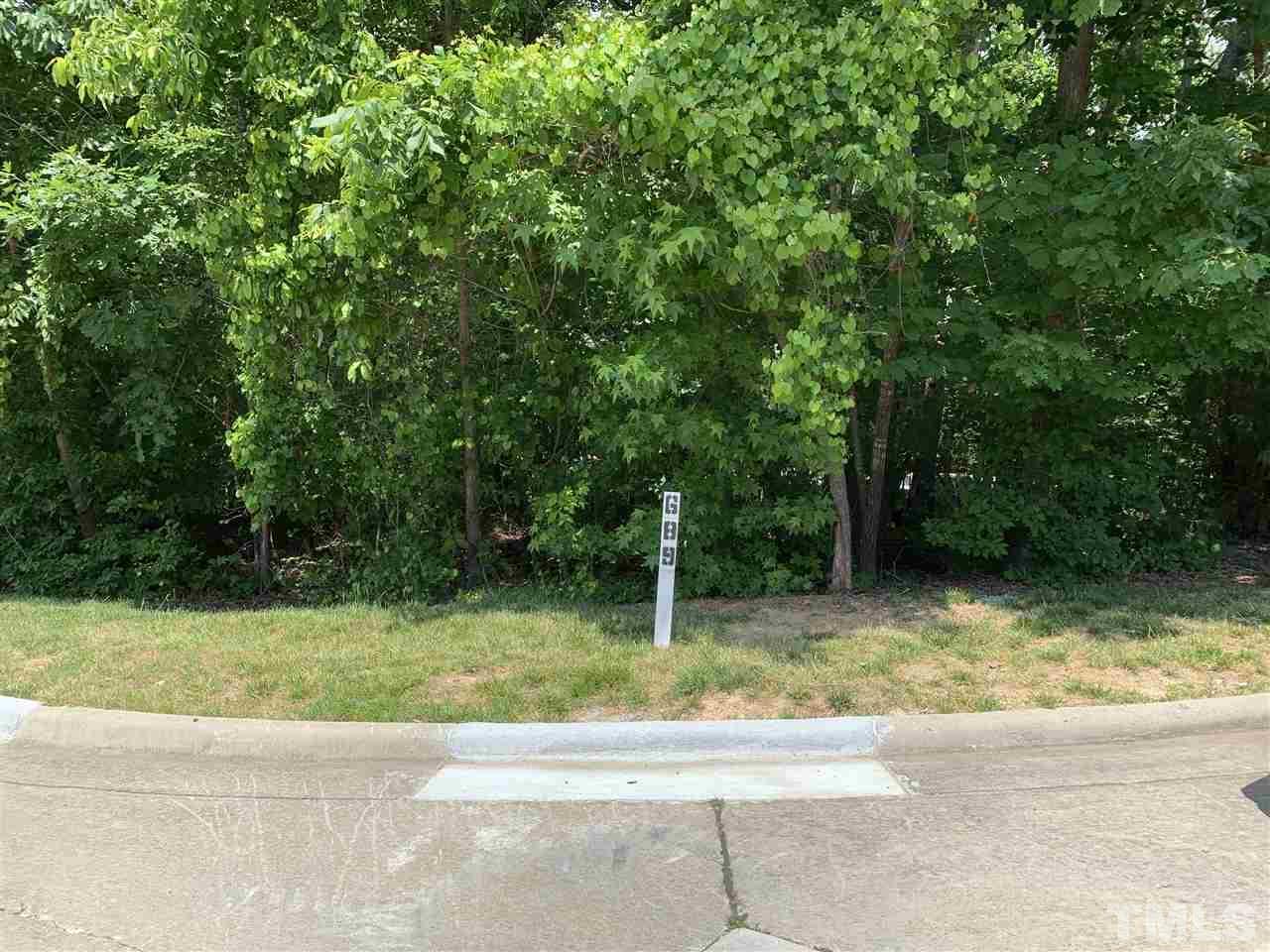 98102 Drummond Drive, Chapel Hill, NC 27517