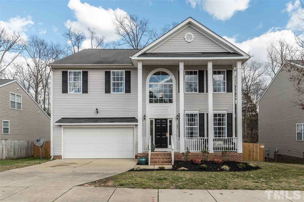 108 Holly Thorn Trace, Holly Springs, NC 27540