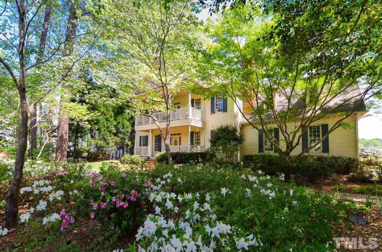 209 Lochview Drive, Cary, NC 27518