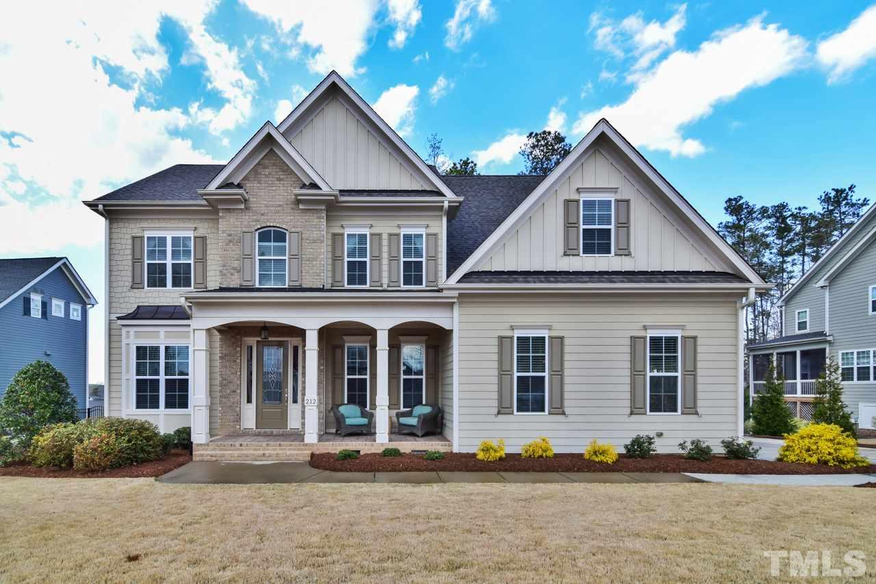 212 Lively Oaks Way, Holly Springs, NC 27540