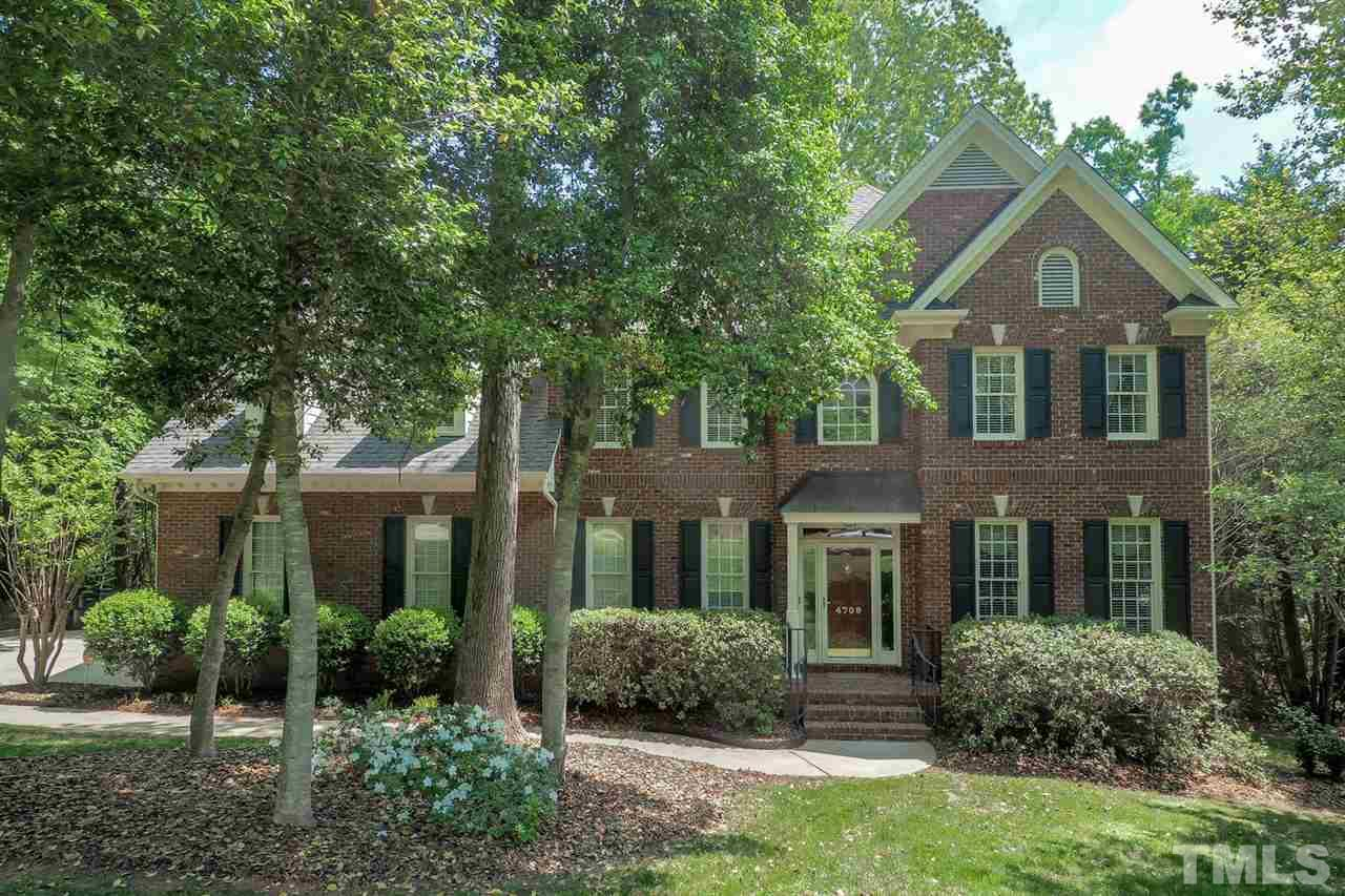 4709 Greenpoint Lane, Holly Springs, NC 27540