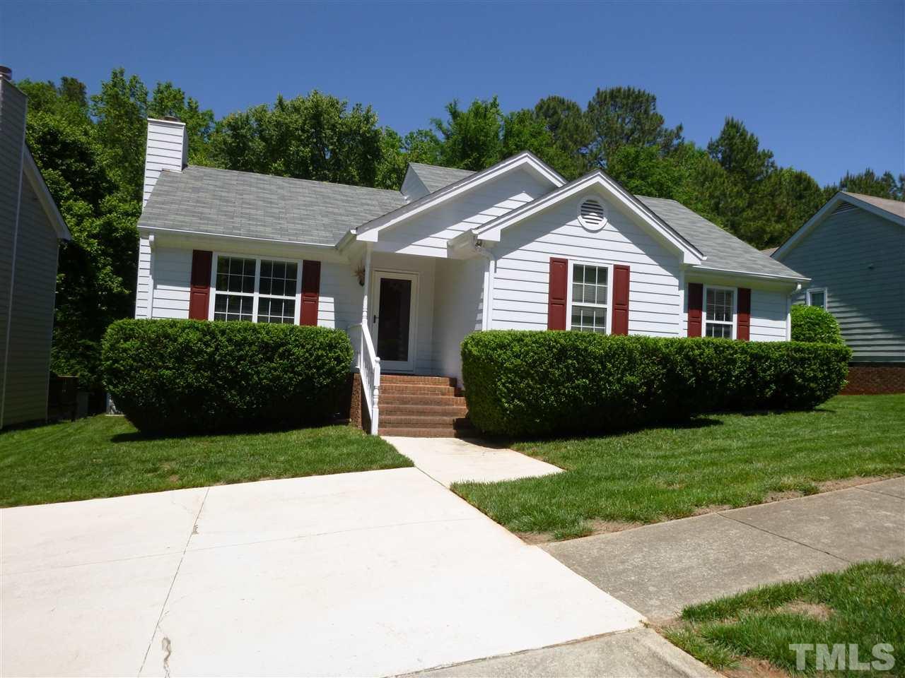 300 W Wyatts Pond Lane, Cary, NC 27513