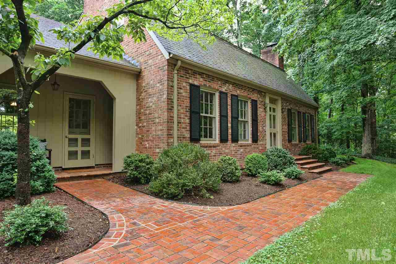 605 Sugarberry Road, Chapel Hill, NC 27514
