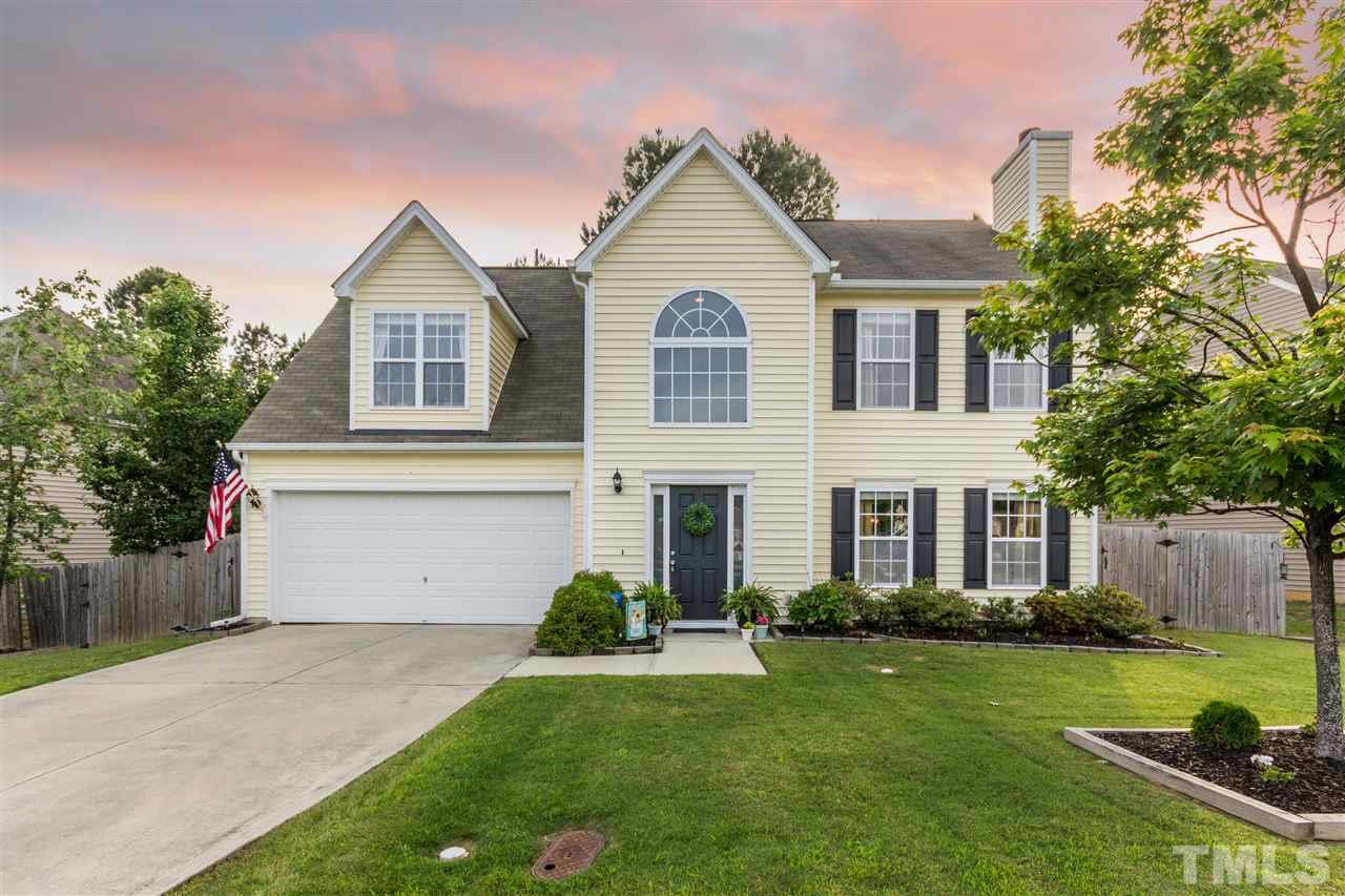 508 Pyracantha Drive, Holly Springs, NC 27540
