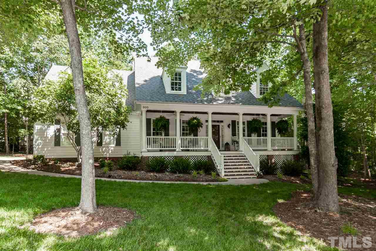 300 Sunset Grove Drive, Holly Springs, NC 27540
