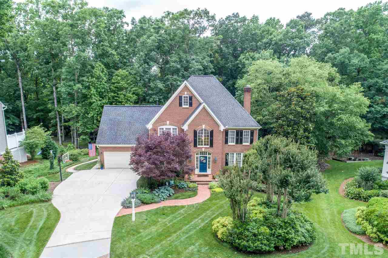307 Bordeaux Lane, Cary, NC 27511