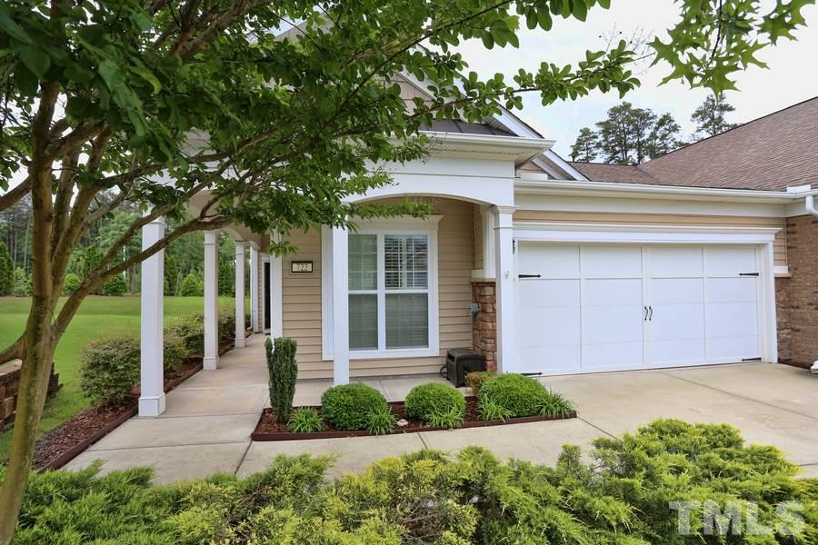722 Hornchurch Loop, Cary, NC 27519