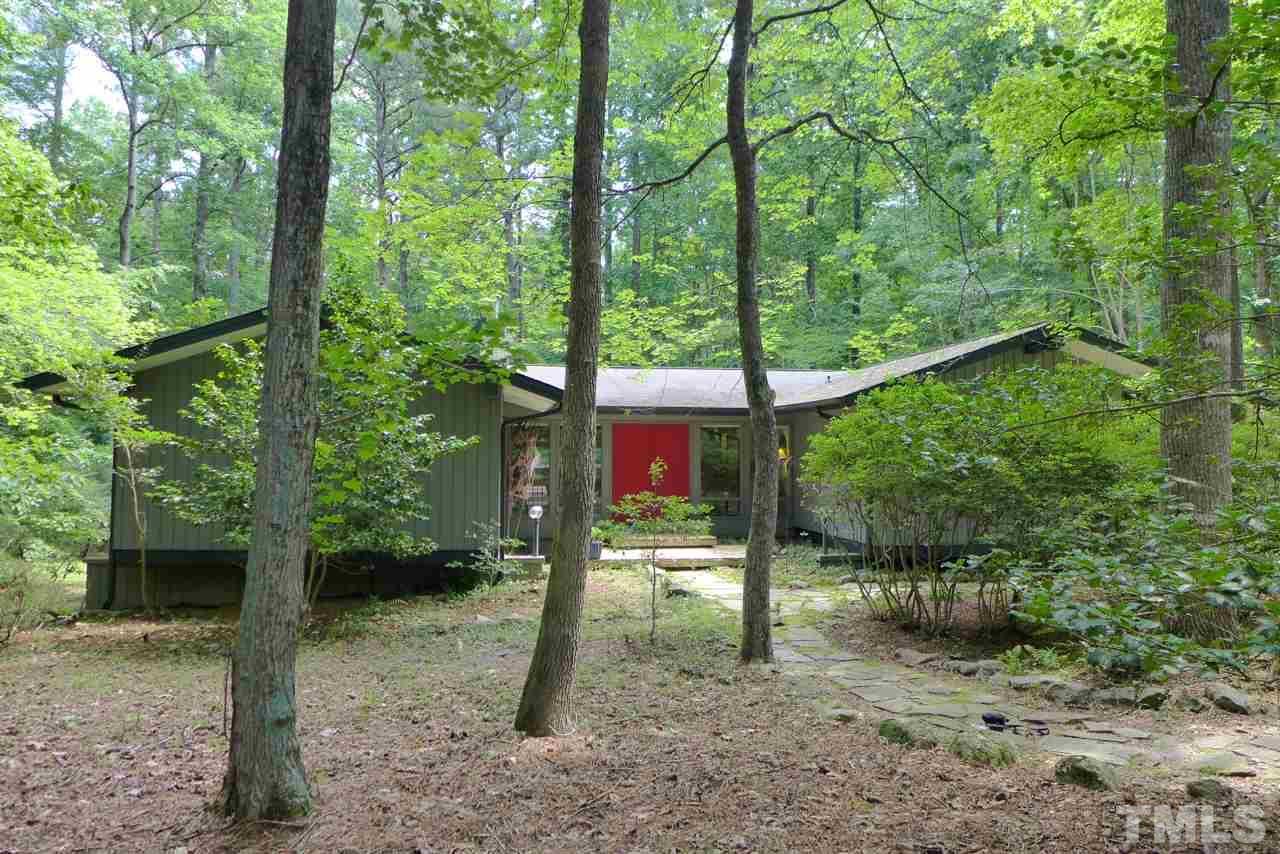 102 Wolfs Trail, Chapel Hill, NC 27516