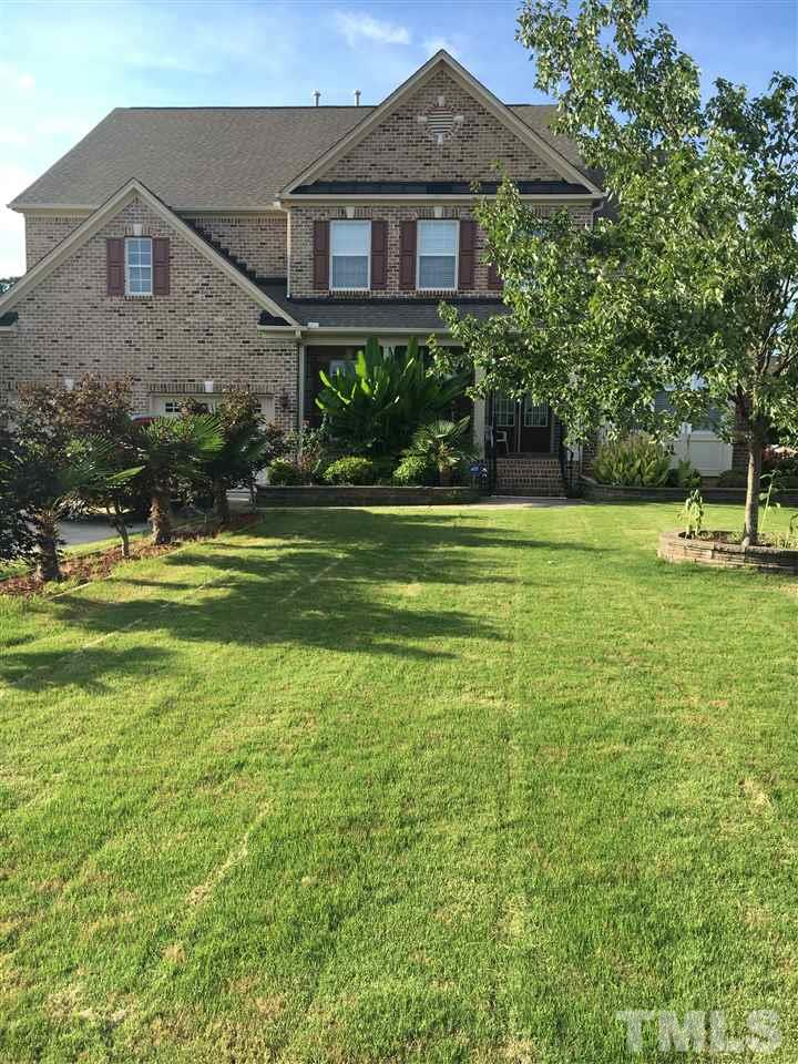 319 Ambermore Place, Cary, NC 27519