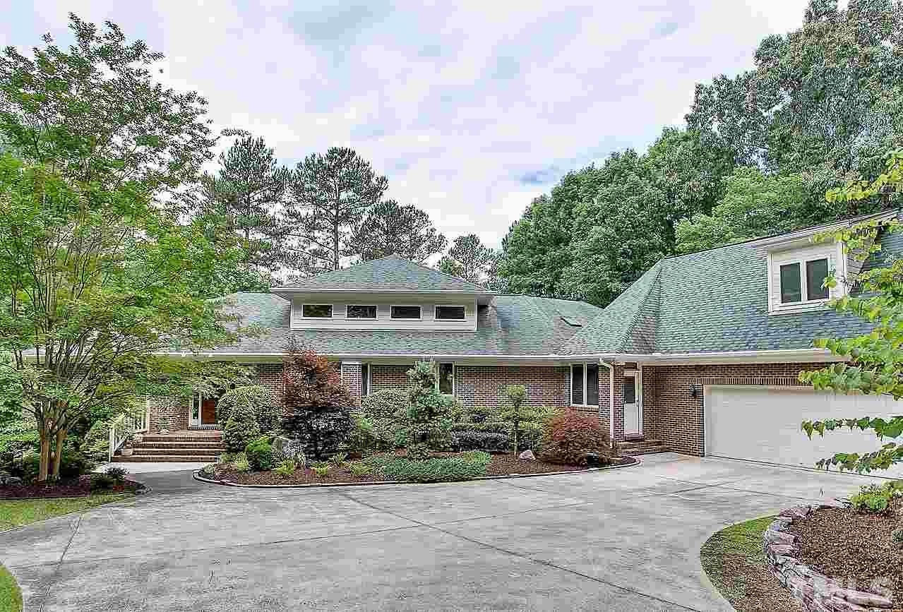498 Wooded Lake Drive, Apex, NC 27523