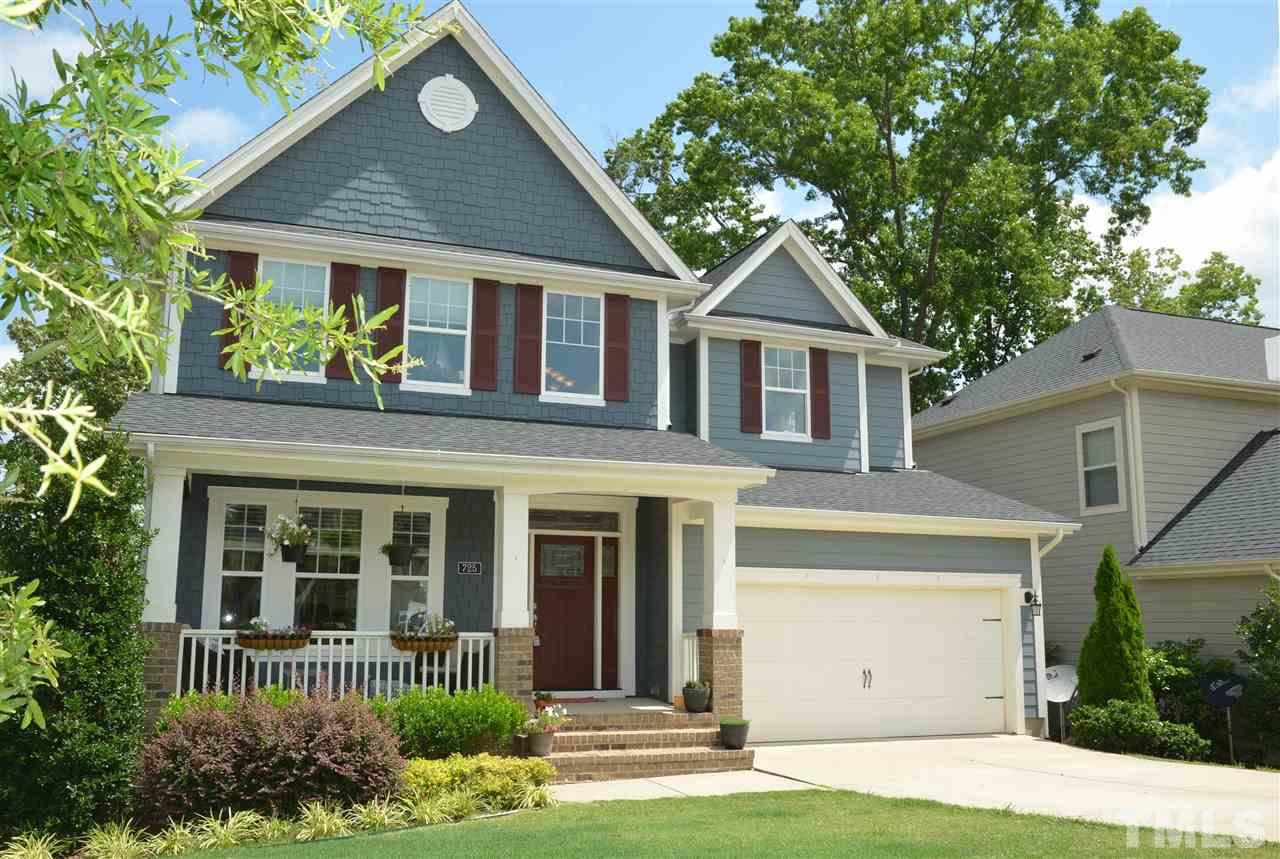 725 Ancient Oaks Drive, Holly Springs, NC 27540