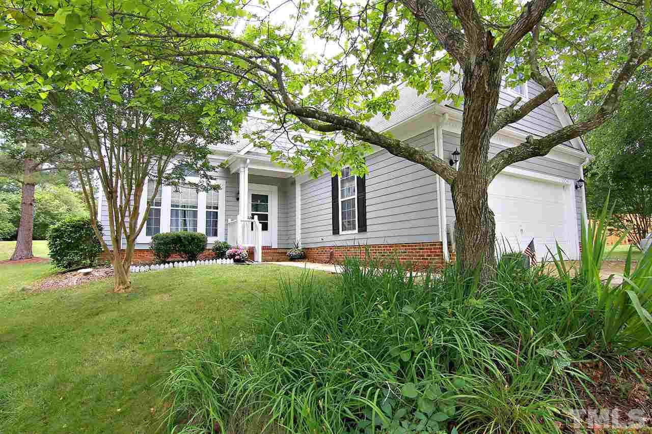 1004 Silverstone Way, Holly Springs, NC 27540