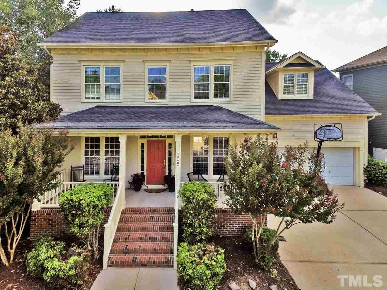 108 Sunset Oaks Drive, Holly Springs, NC 27540