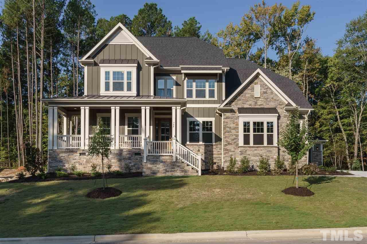 749 Peninsula Forest Place 290, Cary, NC 27519