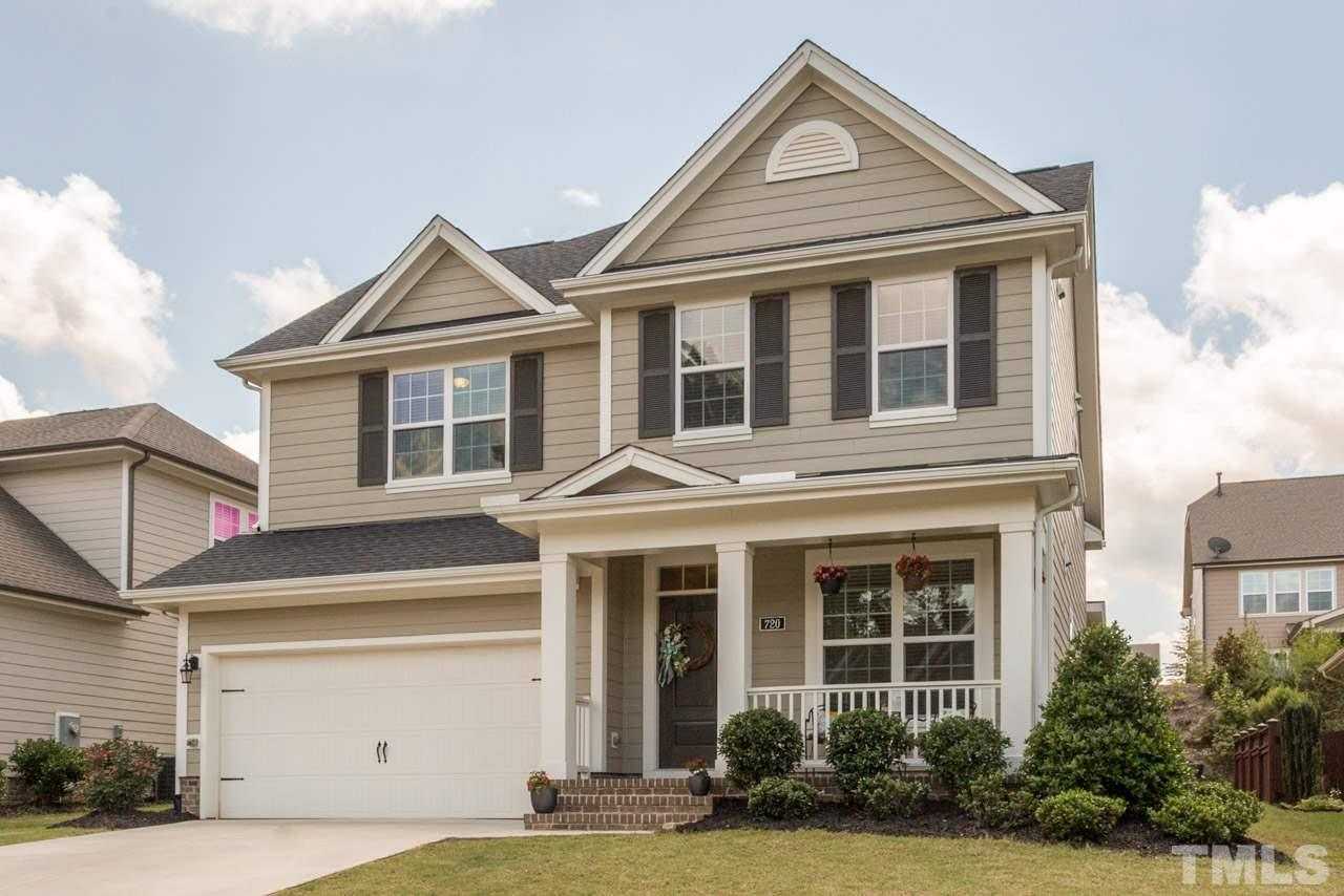 720 Ancient Oaks Drive, Holly Springs, NC 27540