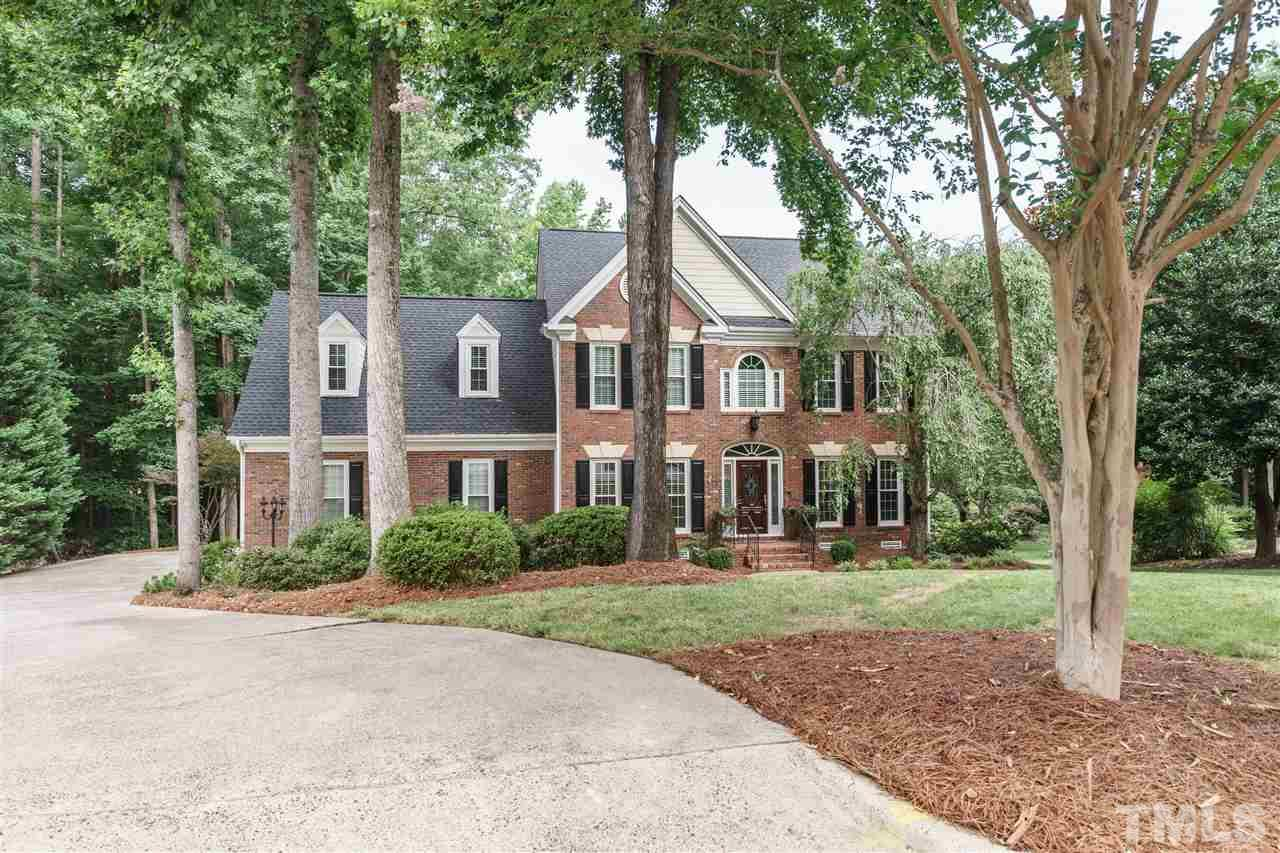 112 Charlemagne Court, Cary, NC 27511