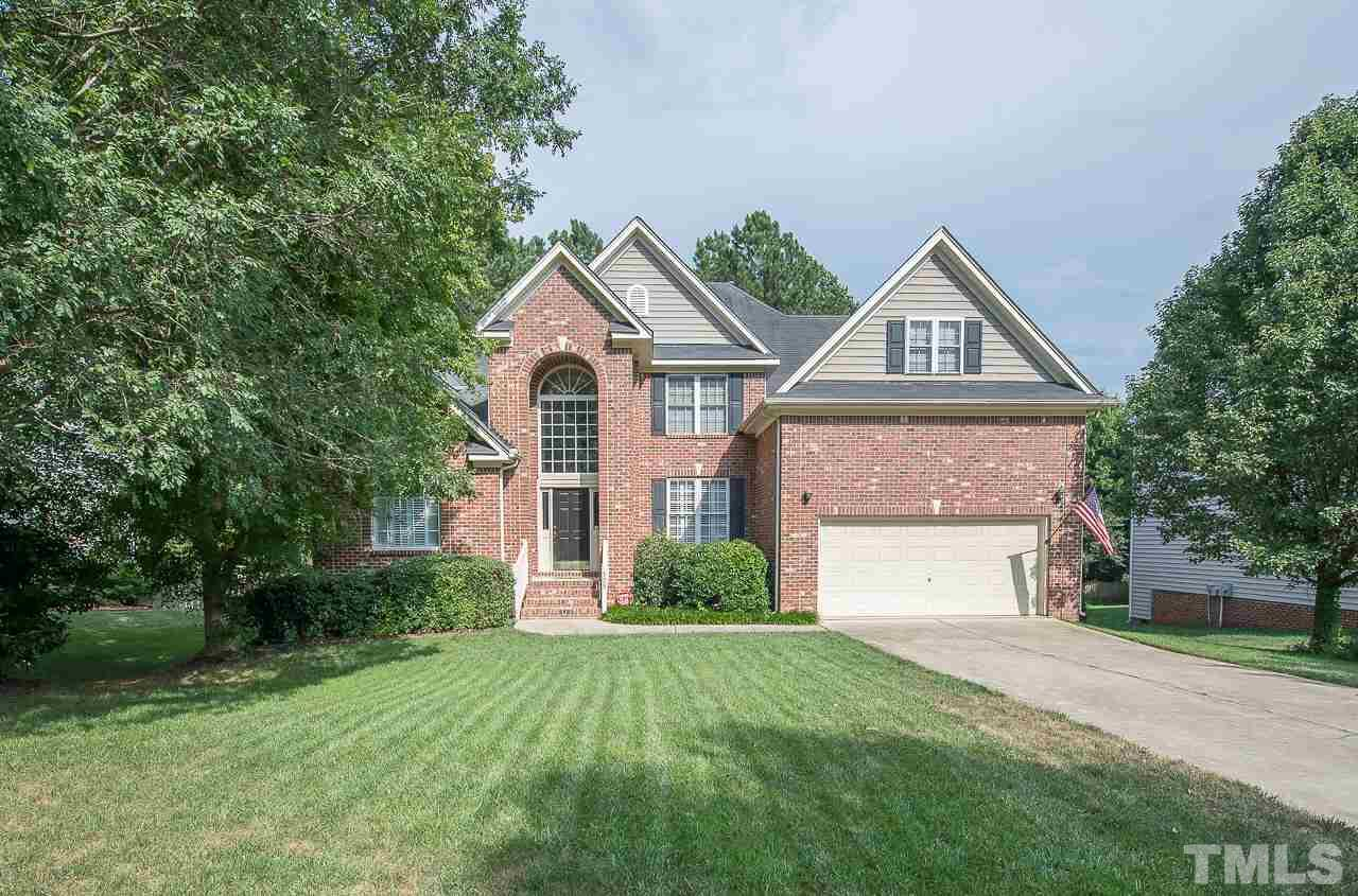 105 Drakewood Place, Cary, NC 27518