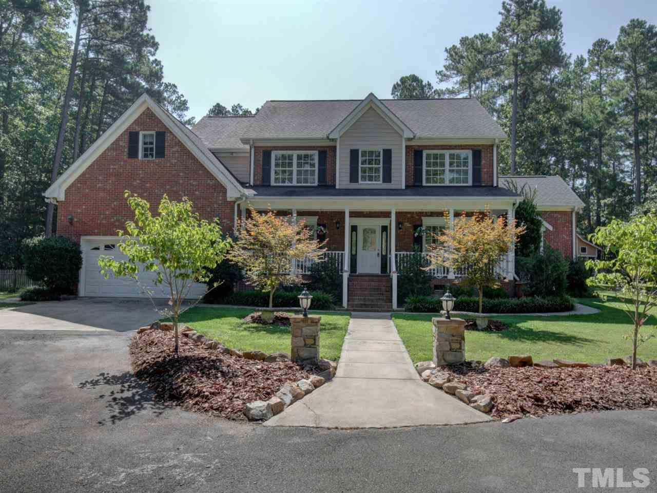 3818 Holly Springs Court Hillsborough, NC 27278 2143828