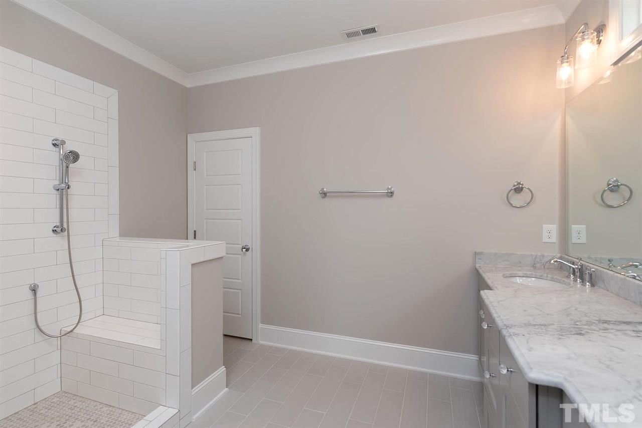 808 COTTON PLACE, RALEIGH, NC 27601  Photo