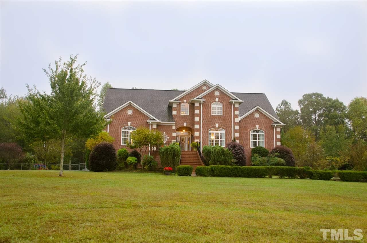Property for sale at 71 Hedrick Drive, Henderson,  NC 27537