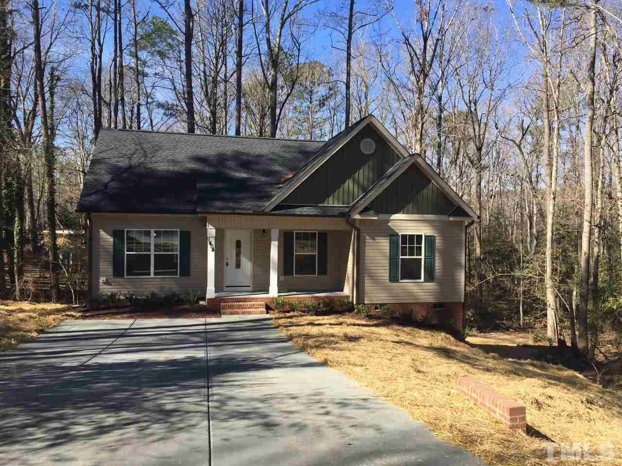 1404 Walking Trail Fuquay Varina, NC 27526 2162071