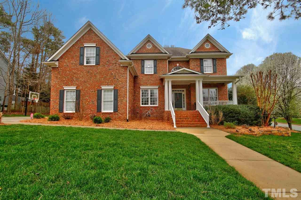 100 Hogan Woods Circle, Chapel Hill, NC