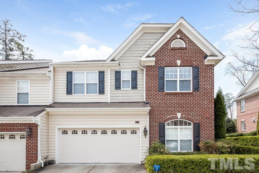 207 Chateau Place, Chapel Hill, NC