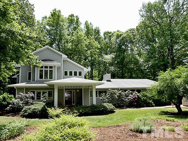 Property for sale at 910 Arrowhead Road, Chapel Hill,  NC 27514