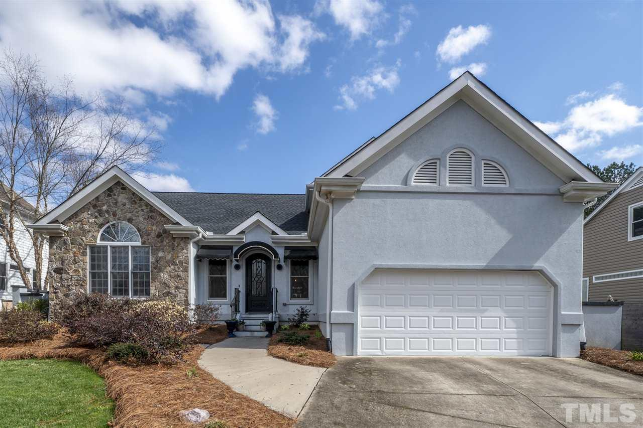 305 Helmsdale Drive, Chapel Hill, NC