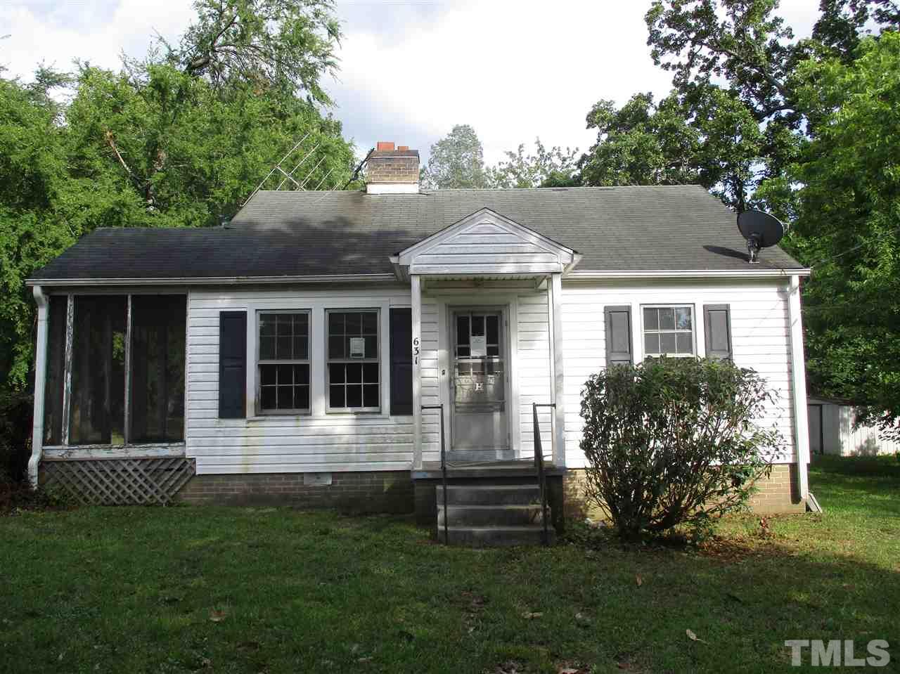 Photo of 631 E Elm Street, Graham, NC 27253