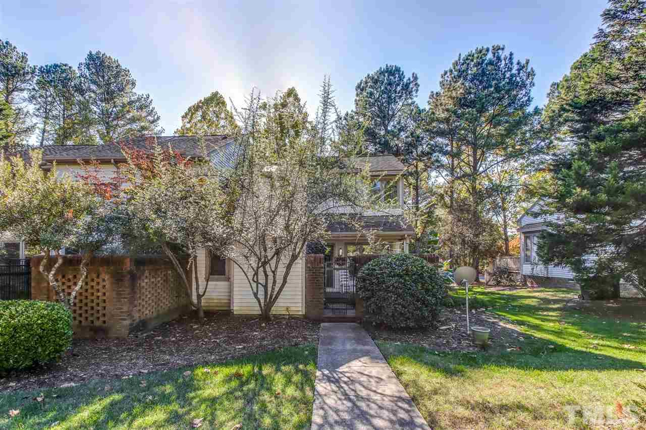 37 Bloomsbury Court, Chapel Hill, NC