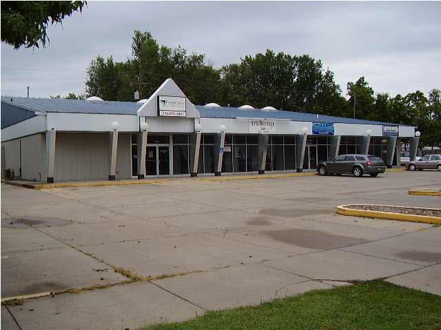For Sale: 1112–1118 N MAIN, Newton KS