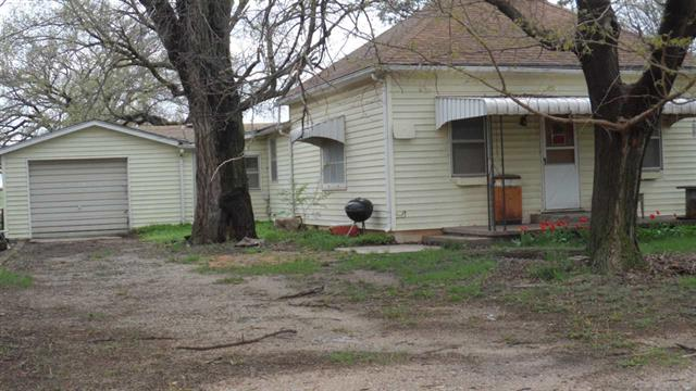For Sale: 515 N Magnolia St, Attica KS