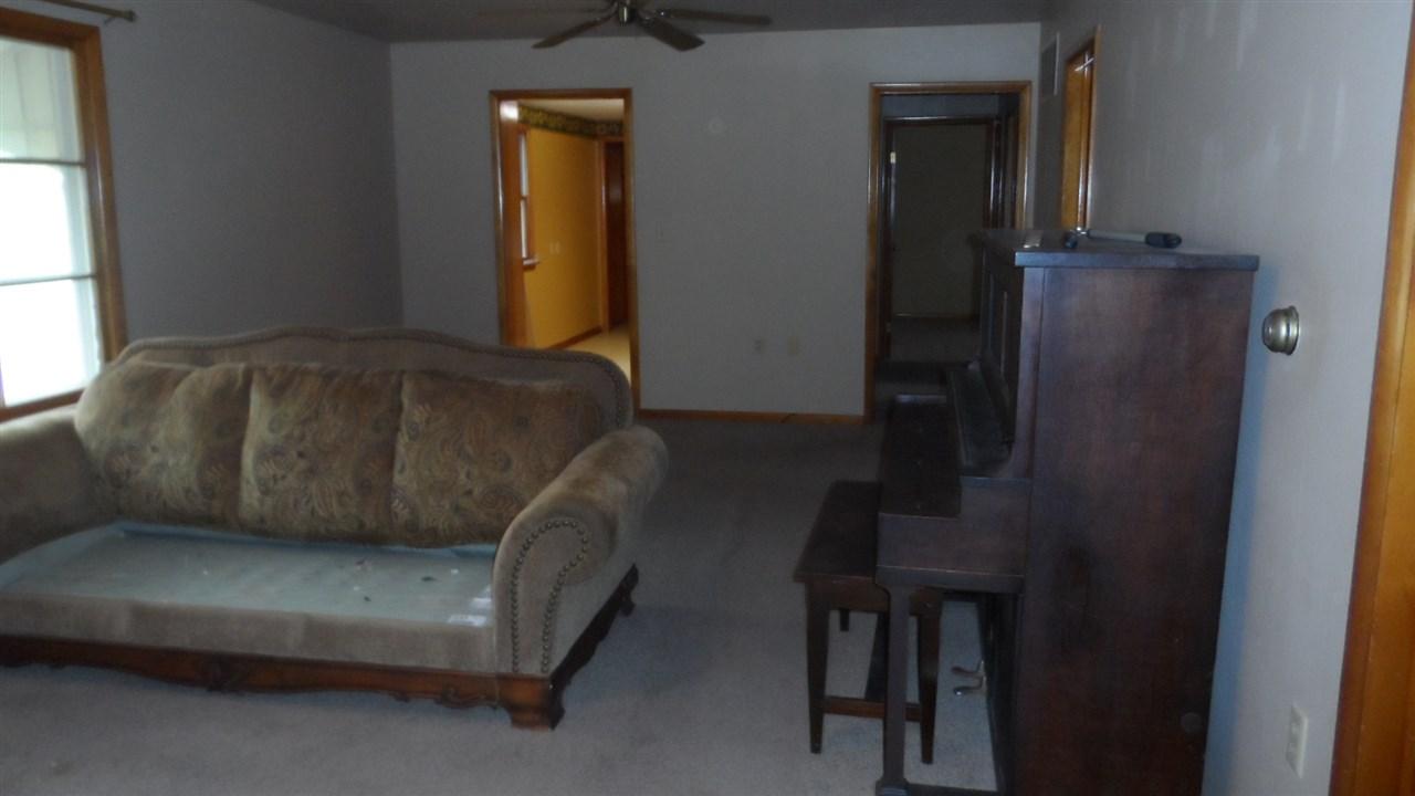 For Sale: 515 N Magnolia St, Attica KS
