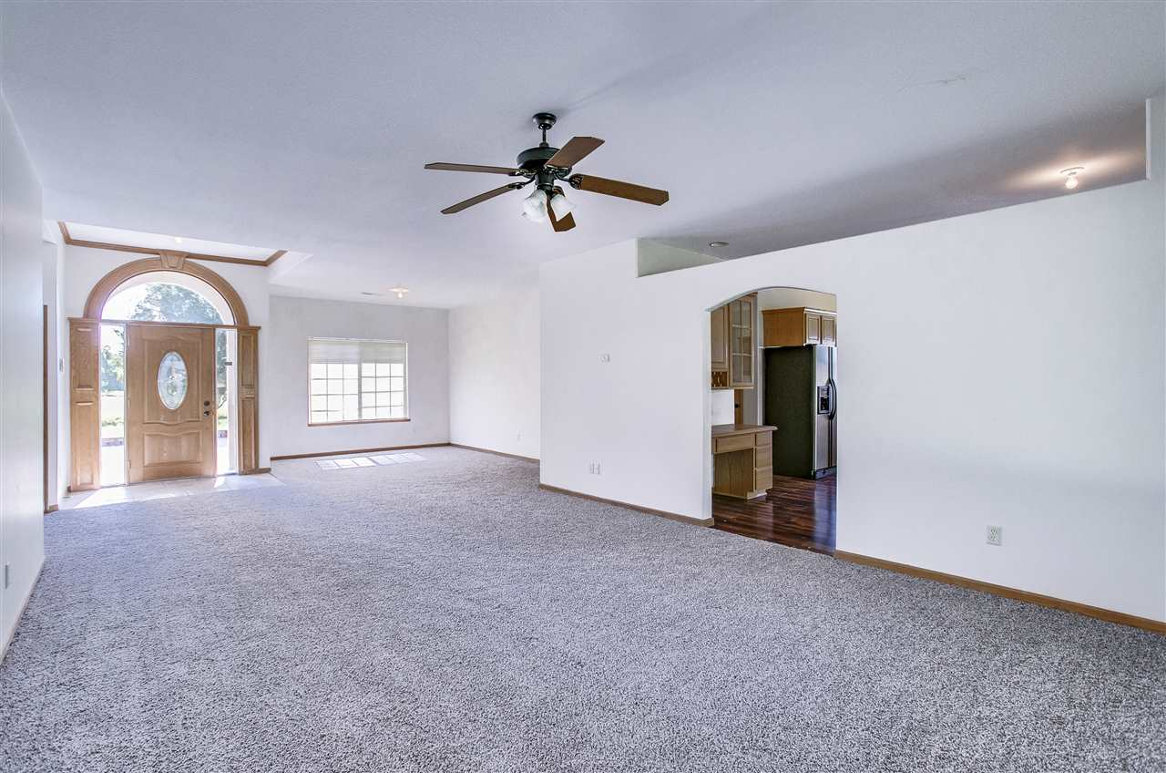 1841 S 159th for Sale 546239 | Wichita | Coldwell Banker Plaza Real ...
