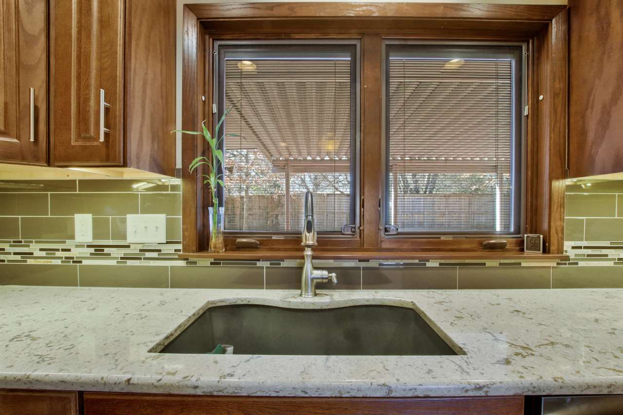 1411 s maize for sale 548068 wichita coldwell banker plaza real 13 falaconquin