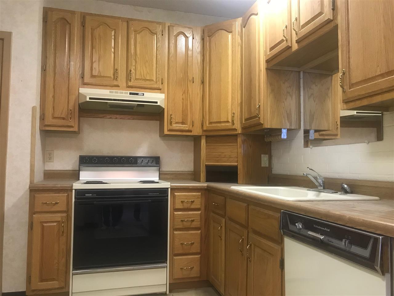 For Sale: 5051 E Lincoln 1A, Wichita KS