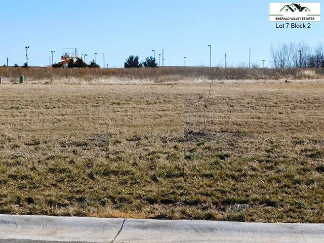 For Sale: 1430 N Emerald Valley Dr, Mulvane KS