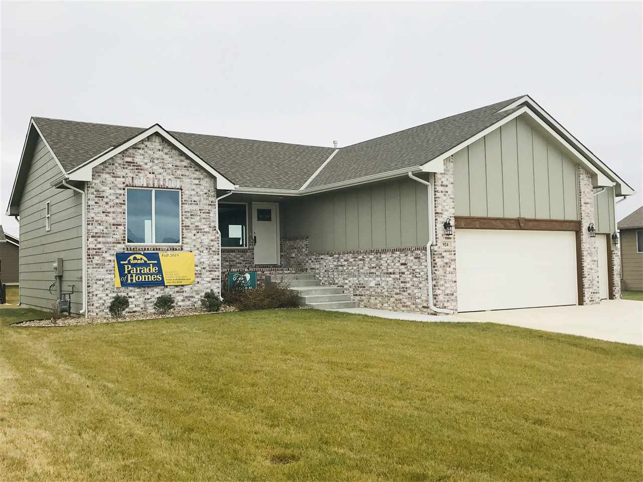 New Winter Split Bedroom Model by Comfort Homes!   Must See!!  Laminate Floors, Granite Counter tops, Partial Finished basement,  Tile Shower and Floor in Master Bath. Covered Deck!