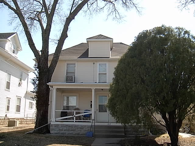 For Sale: 217 E 11th Ave, Winfield KS