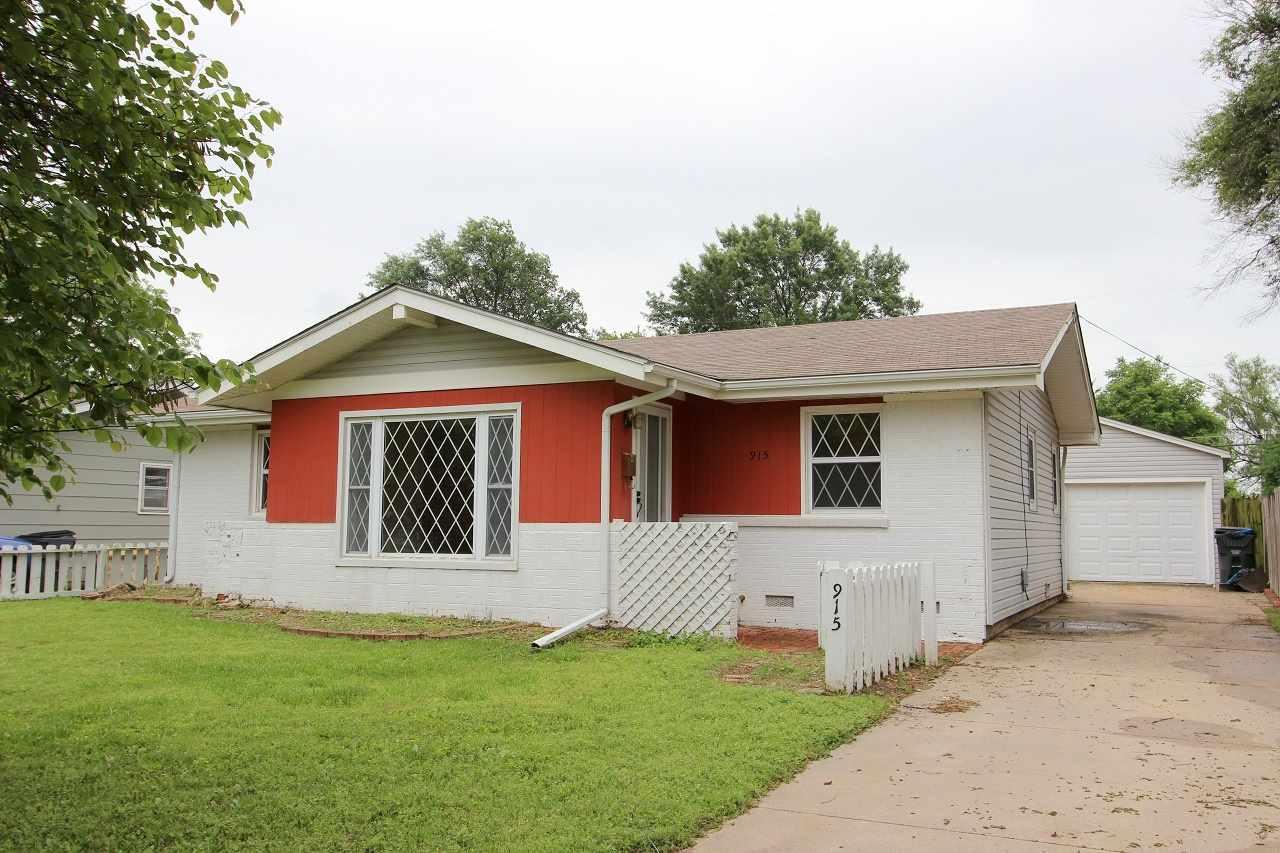915 W Maxwell Ave, Wichita, KS, 67217