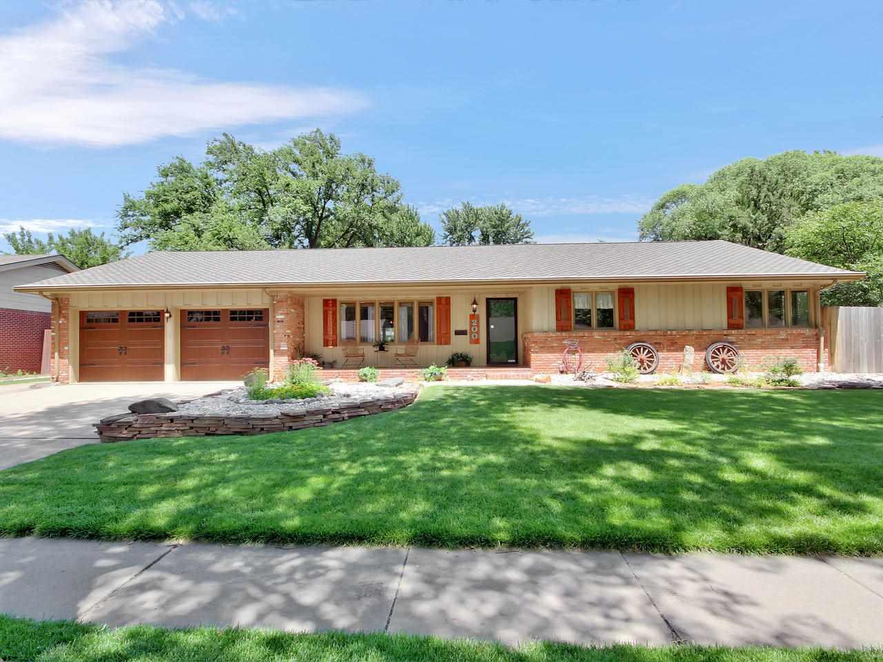 200 N Post Oak Rd, Wichita, KS, 67206