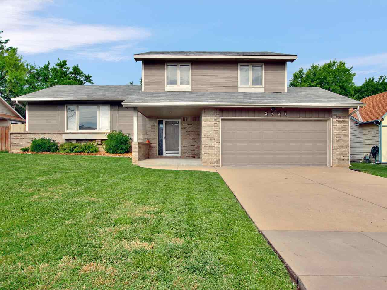 "Looking for something with space --- this offers it with 4BR, 3.5BA.  Featuring an open plan between the living room, kitchen & dining and vaulted ceiling.  Cozy main floor family room/den with fireplace.  Downstairs has additional living space with rec room, 4th bed, & 3rd bath.  Upper level master suite contains a wall of closets + private master bath.  Privacy fence is brand new & the backyard features a ""grove"" of mature trees with nice shade."