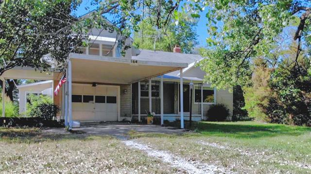 For Sale: 164 SW 100th St, Augusta KS