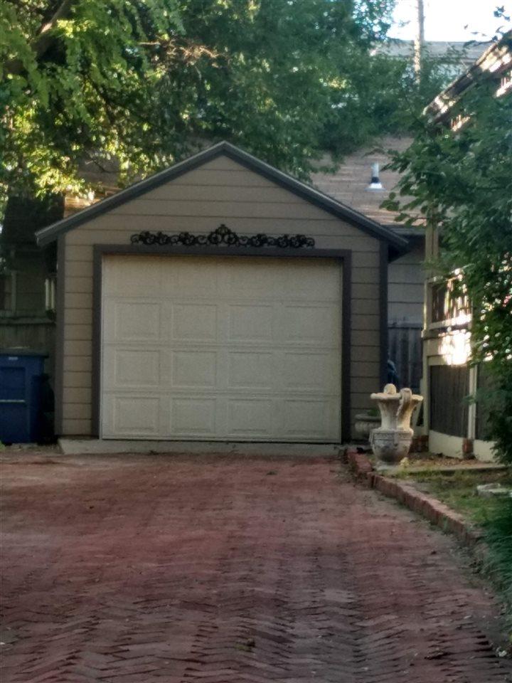 For Sale: 302 W 6th, Newton KS