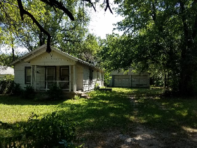 "Large fenced wooded lot. House has not been lived in for approx. 8 years. Being sold ""as-is"".  Is be"