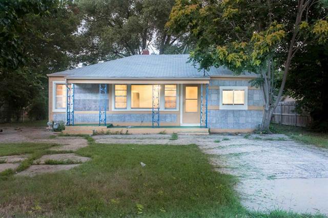 For Sale: 533 S Kessler St, Wichita KS