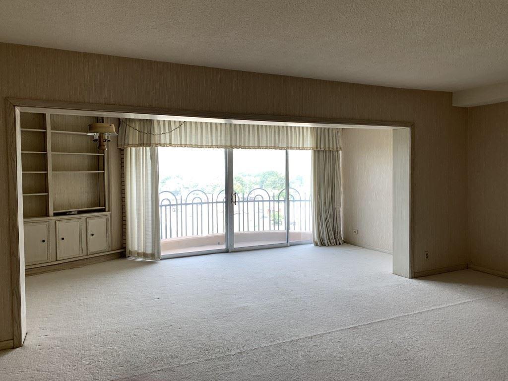 For Sale: 5051 E Lincoln  9E, Wichita KS